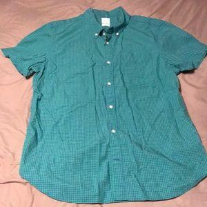 XL Gap button front short sleeve shirt!